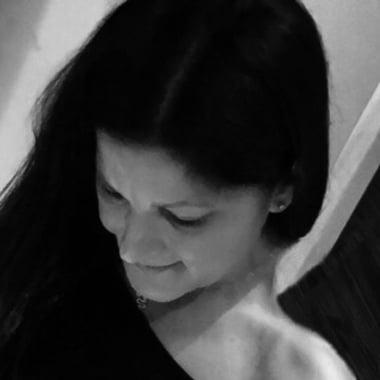 Alessandra Bray