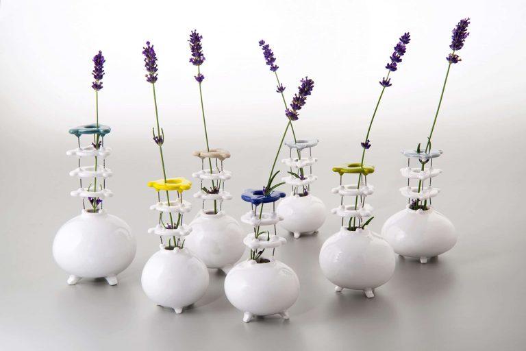 Monofiore klein, Vasen